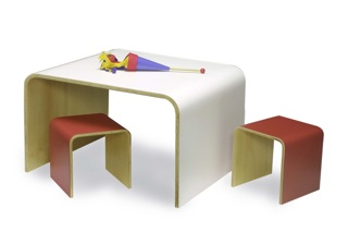 Shortstop Child's Table/ 2 Stool Set